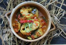Ngon cơm với cá lóc kho cà chua