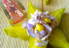 Làm salad cá ngừ ngon dinh dưỡng cho cả nhà