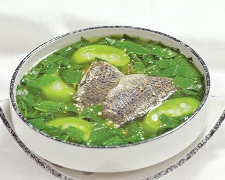 Canh cá rau đay ngon ngọt vô cùng