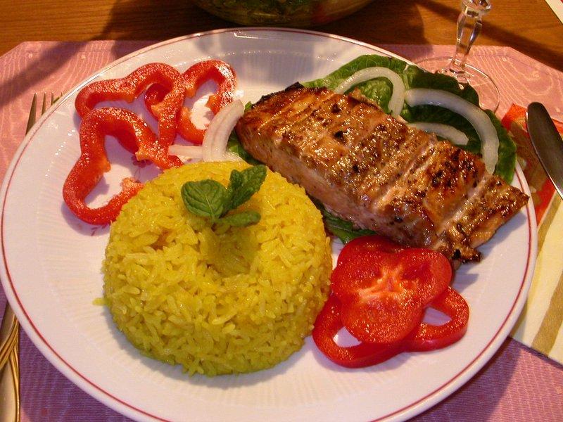 Cơm cá hồi nướng phô mai cực kỳ thơm ngon và hấp dẫn