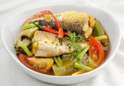 Đậm đà, dân dã cá đối kho cải chua
