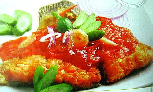 Cá hồi sốt cà chua đẹp mắt và ngon miệng
