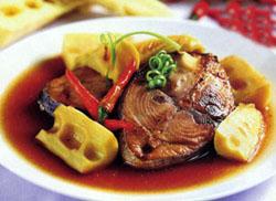 Cá ngừ kho măng chua đậm đà ngon cơm