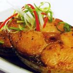 Làm cá thu rim mắm tỏi đậm đà thơm cực ngon